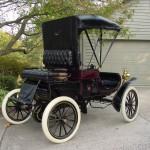 1903 - Curved Dash Oldsmobile